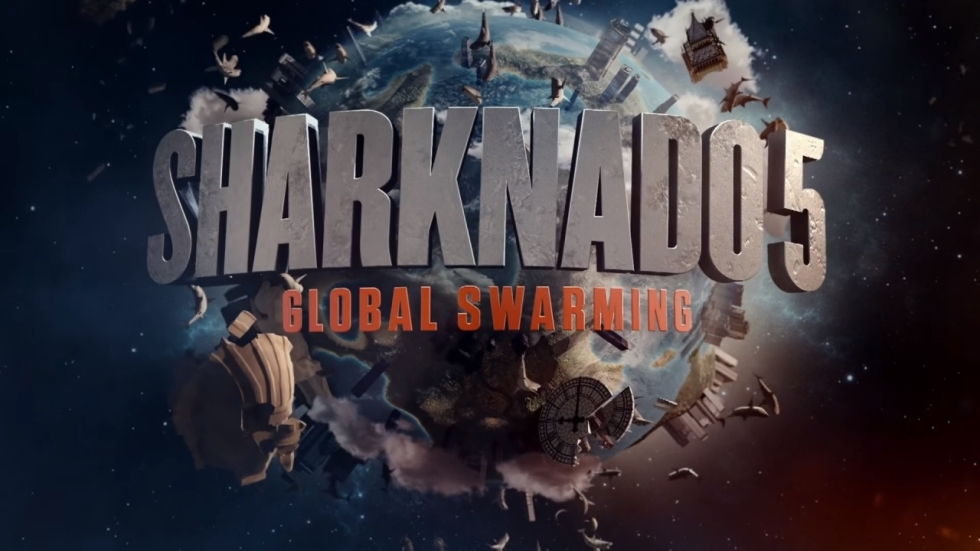 Wereldwijde haaienattack in eerste 'Sharknado 5: Global Swarming' trailer