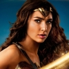 Gal Gadot's lage 'Wonder Woman'-salaris creëert felle discussies