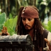 Johnny Depp bezoekt kinderziekenhuis als Capt. Jack Sparrow