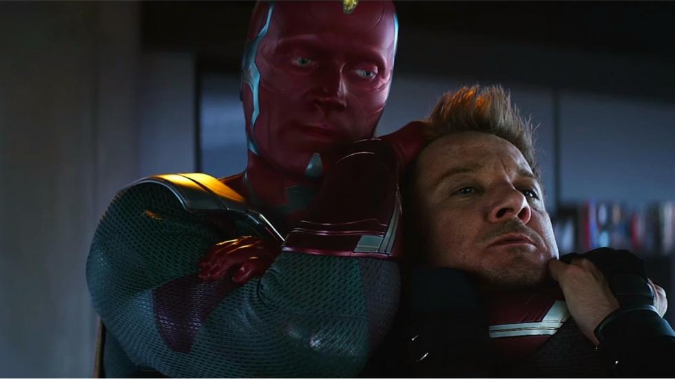 Drastische veranderingen voor helden Hawkeye en Vision in 'Avengers 4'