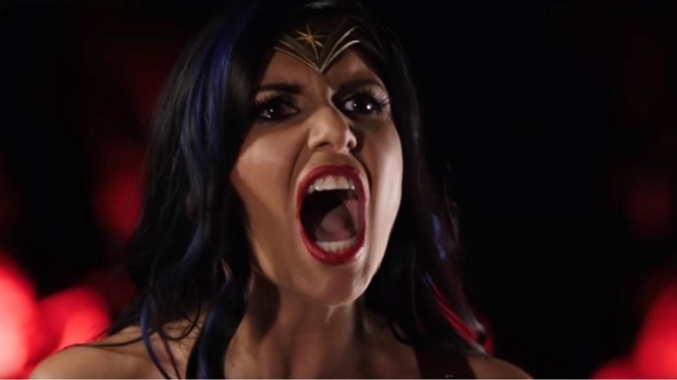 De versie die je vast wil zien: 'Justice League XXX'