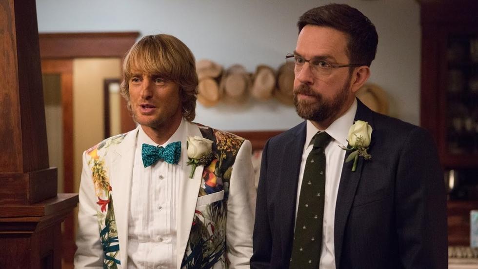 Owen Wilson en Ed Helms zijn 'Father Figures' in komische nieuwe trailer