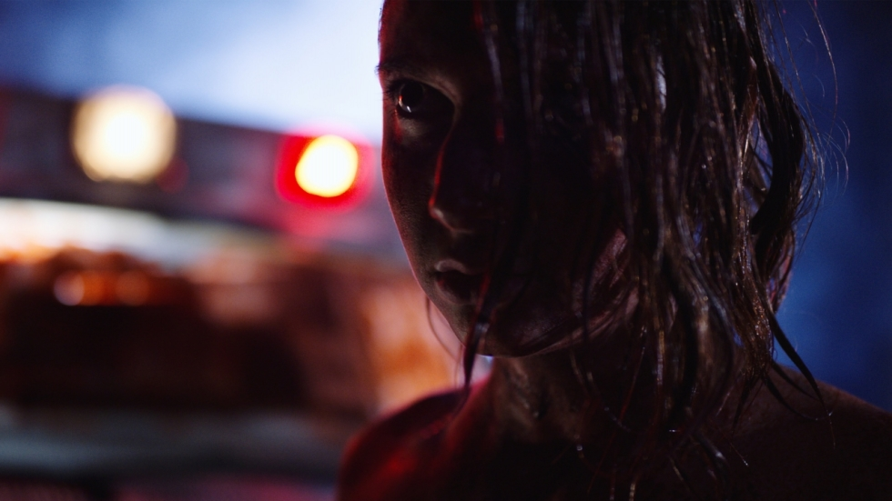 'Tonight She Comes' in nieuwe Engelse trailer horrorfilm.