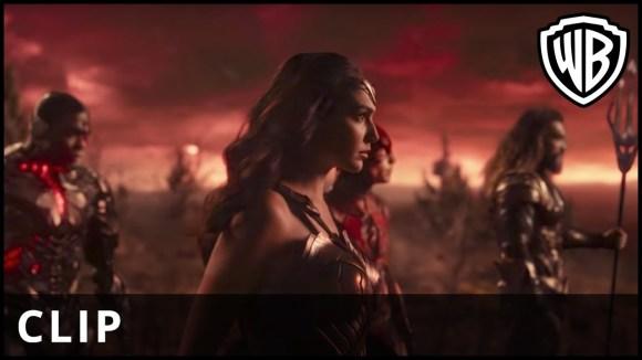 Justice League - TV-spot: Friends
