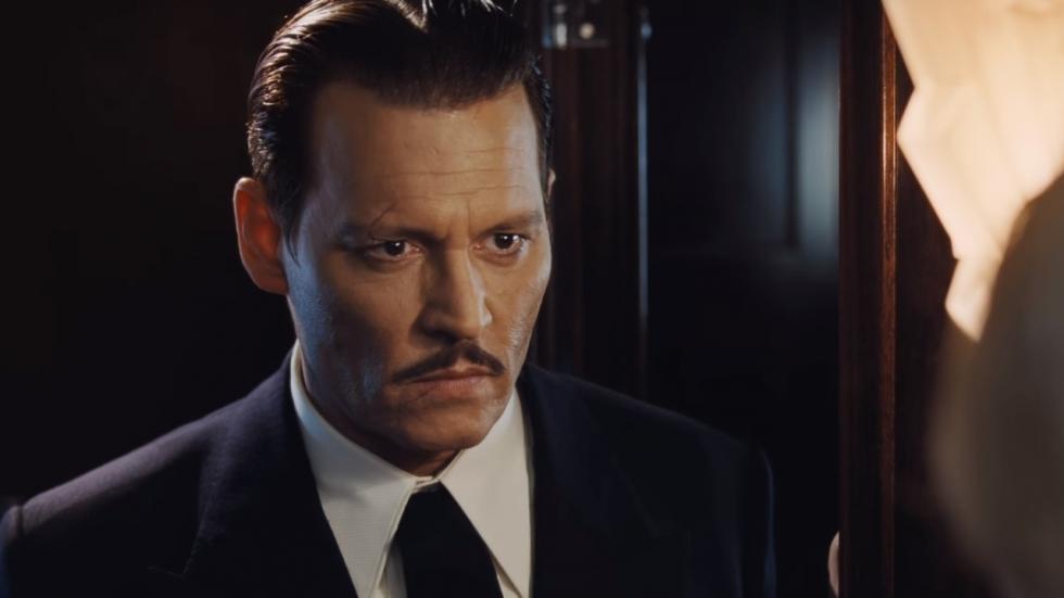 Griezelige Johnny Depp in eerste clip 'Murder on the Orient Express'