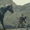 Schietgrage Chris Hemsworth te paard in trailer oorlogsfilm '12 Strong'