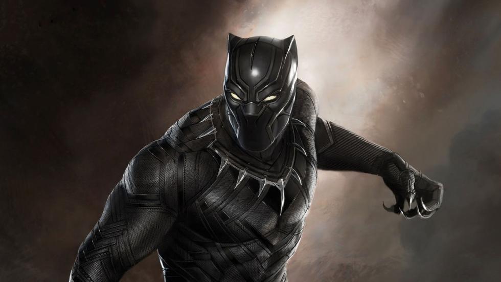 De voltallige cast verzameld op nieuwe poster 'Black Panther'