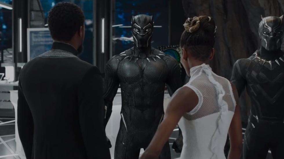 Nieuw pak in flitsende trailer 'Black Panther'!