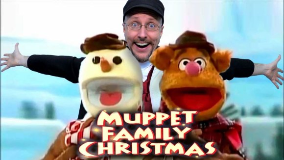 Channel Awesome - A muppet family christmas - nostalgia critic