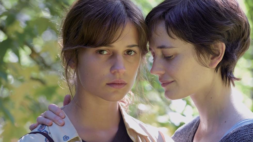 Alicia Vikander en Eva Green in trailer 'Euphoria'