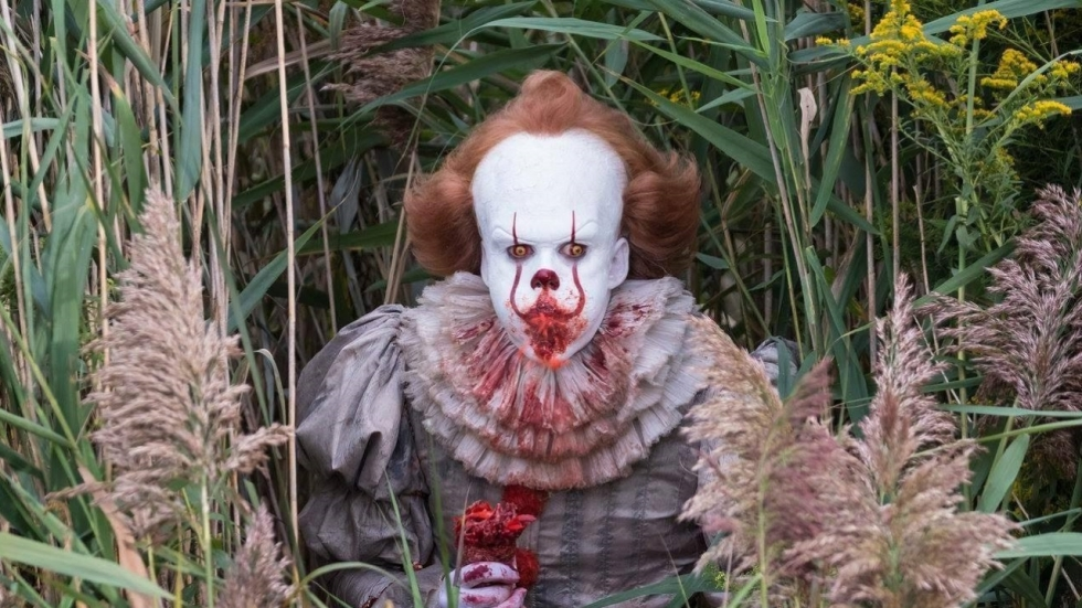 Foto's 'IT' onthullen nog engere Pennywise!