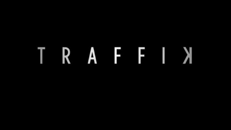 Trailer 'Traffik': Paula Patton & Omar Epps opgejaagd door een motorbende