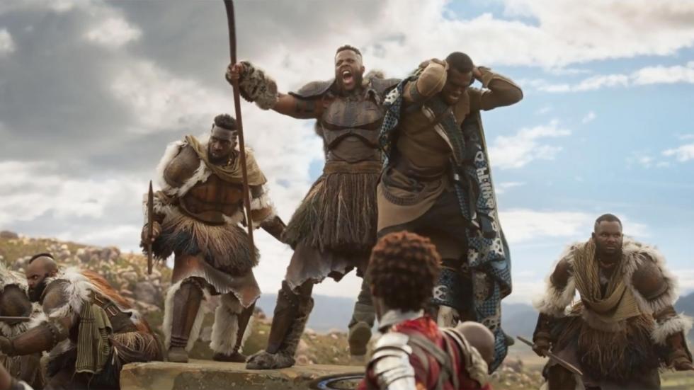Geheimen 'Black Panther' worden onthuld terwijl voorverkoop kaartjes record breekt
