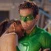Ryan Reynolds bakt Valentijnstaart met twist voor vrouw