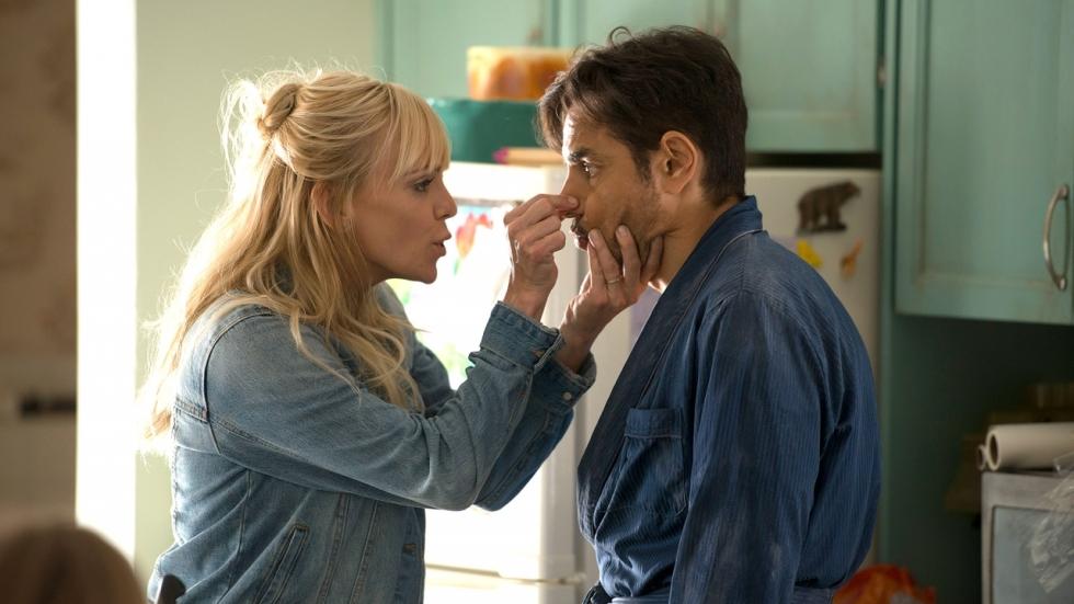 Anna Faris neemt wraak in trailer komedie 'Overboard'