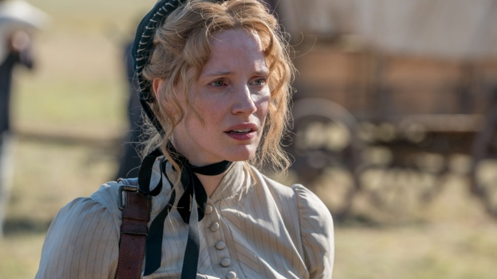 Schitterende beelden en Jessica Chastain in trailer western 'Woman Walks Ahead'