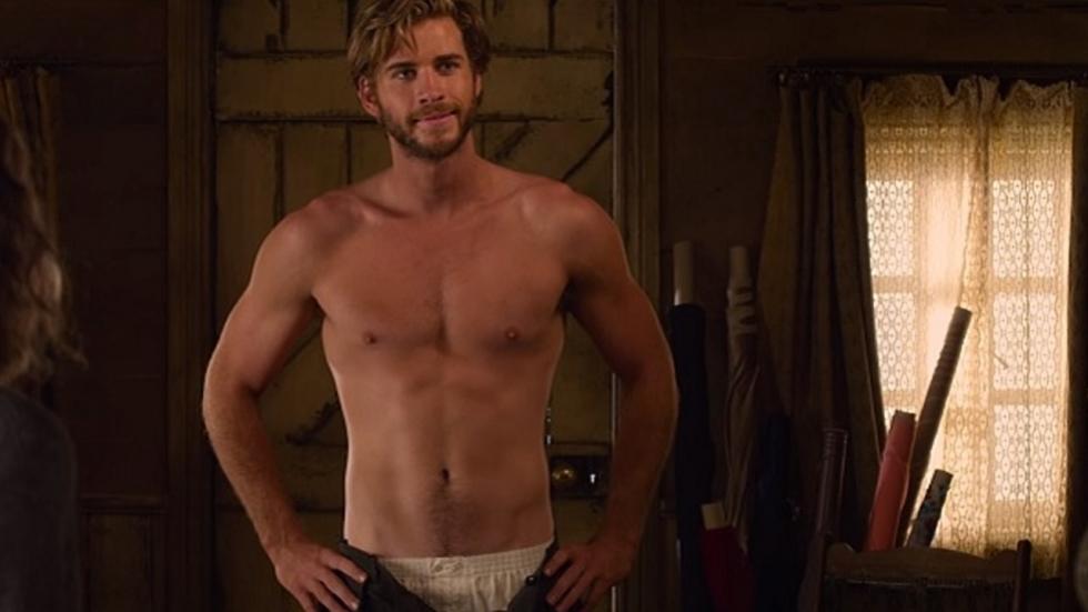 Liam Hemsworth heeft goddelijk lichaam niet van een vreemde
