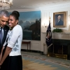 Barack en Michelle Obama in zee met Neflix