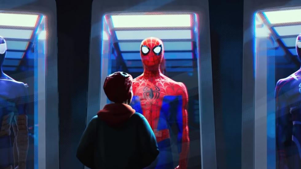 Spider-Gwen en veel meer spektakel in trailer 'Spider-Man: Into The Spider-Verse'