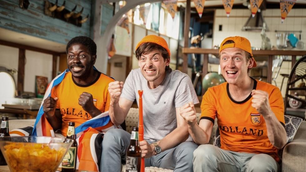 Blu-ray review 'Gek van Oranje' - Komedie die zeker nu niet grappig is (voor Oranje-fans)