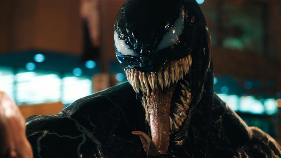 Een enorm vreemde trailer voor 'Venom'