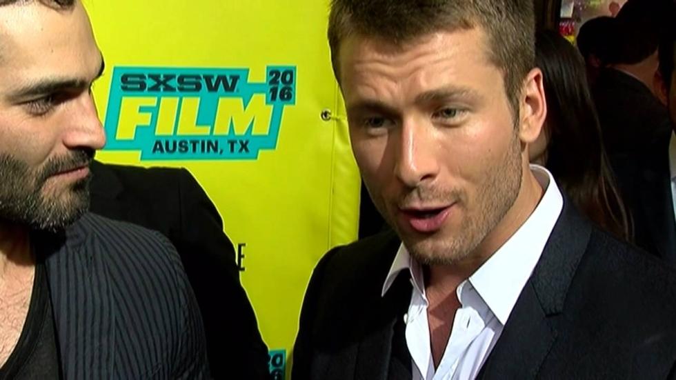 Glen Powell gecast in 'Top Gun: Maverick'