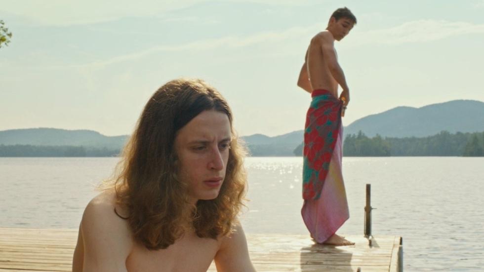 Rory Culkin steelt een jazzplaat van zijn oma in trailer 'The Song of Sway Lake'