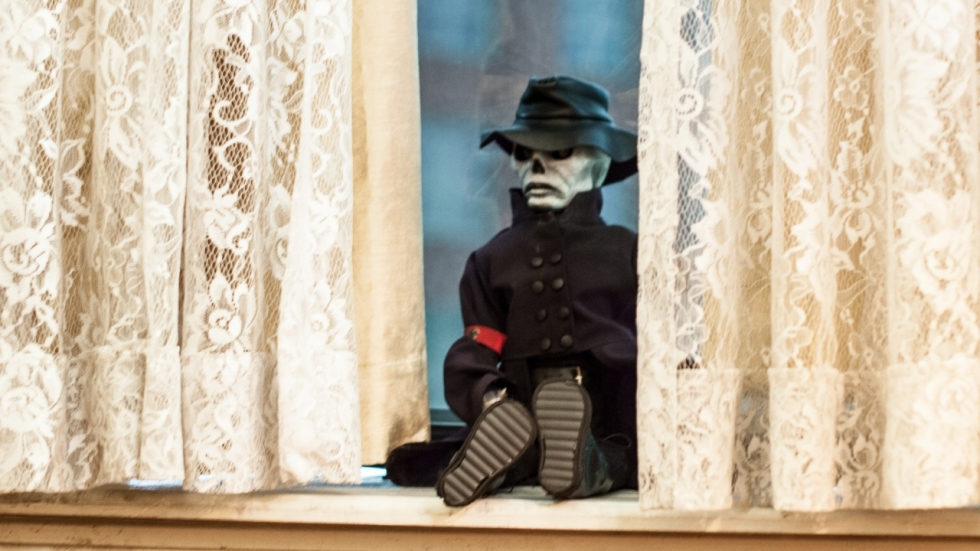 Moordende pop in trailer 'Puppet Master: The Littlest Reich'