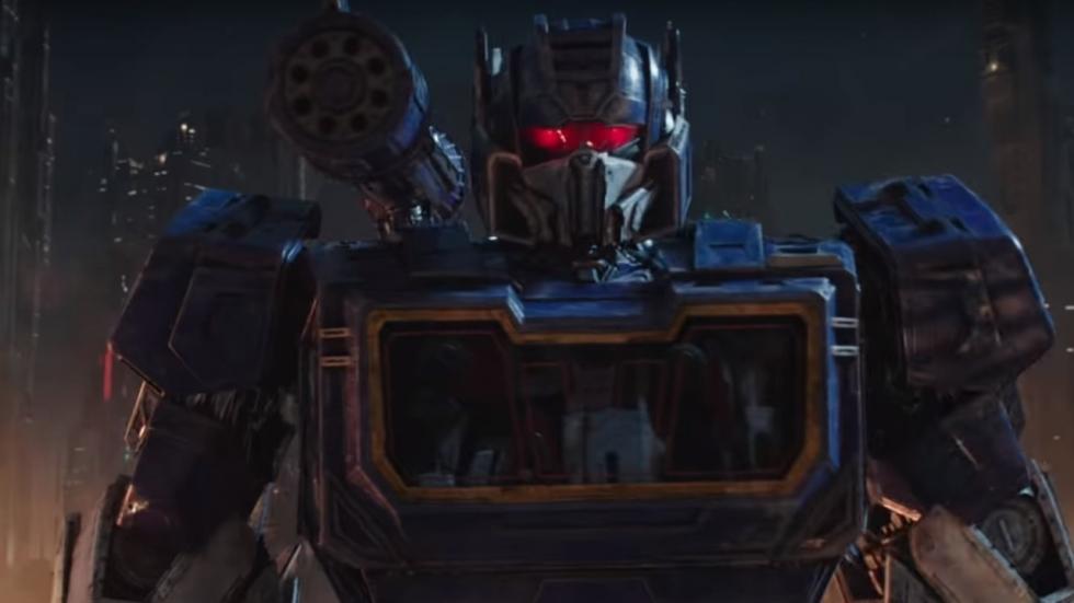 Veel Transformers-geweld in gave tweede 'Bumblebee' trailer
