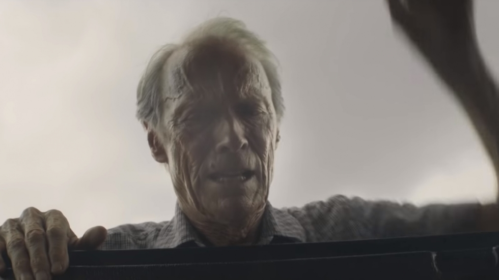 Vluchtende Clint Eastwood op eerste poster 'The Mule'!