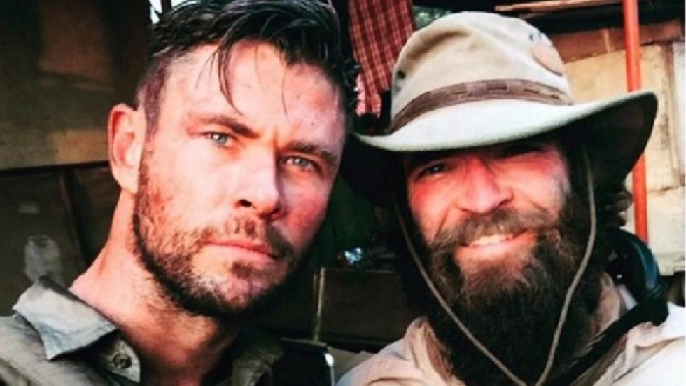Chris Hemsworth op eerste setfoto Netflix-actiefilm 'Dhaka'