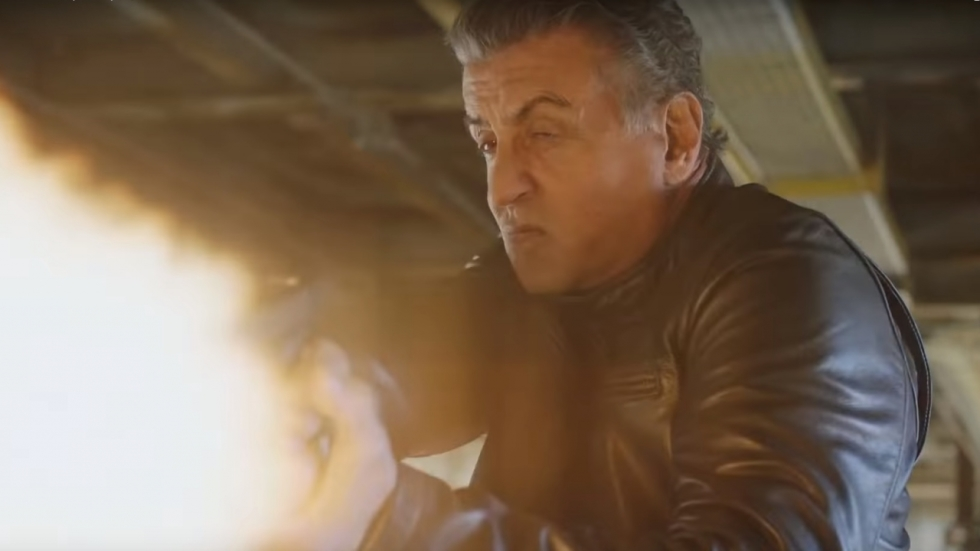 Sylvester Stallone op jacht in 'Backtrace' trailer