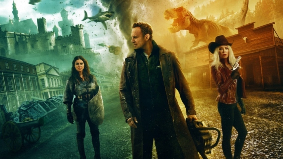 Tara Reid eist 100 miljoen dollar van makers 'Sharknado'-films