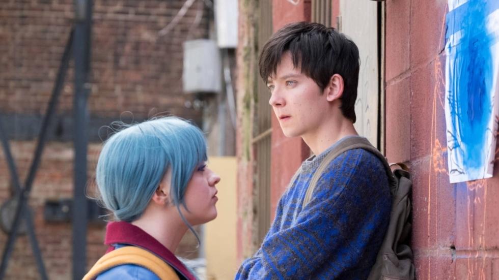 'Game of Thrones'-ster Maisie Williams werkt bucketlist af in trailer 'Then Came You'