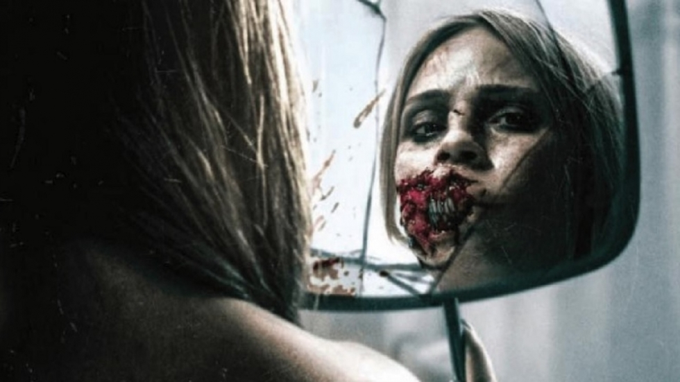 Schokkende foto Laura Vandervoort uit 'Rabid' remake!