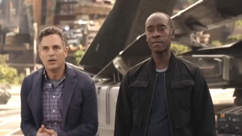 Don Cheadle weigert 'Avengers: Endgame' samen met Mark Ruffalo & Tom Holland te promoten