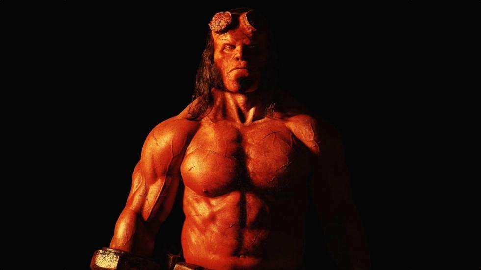 Bloederige nieuwe foto 'Hellboy'!