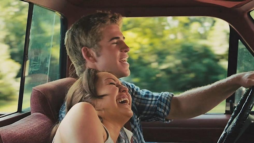 'Woningbrand pakte positief uit voor relatie Miley Cyrus & Liam Hemsworth'