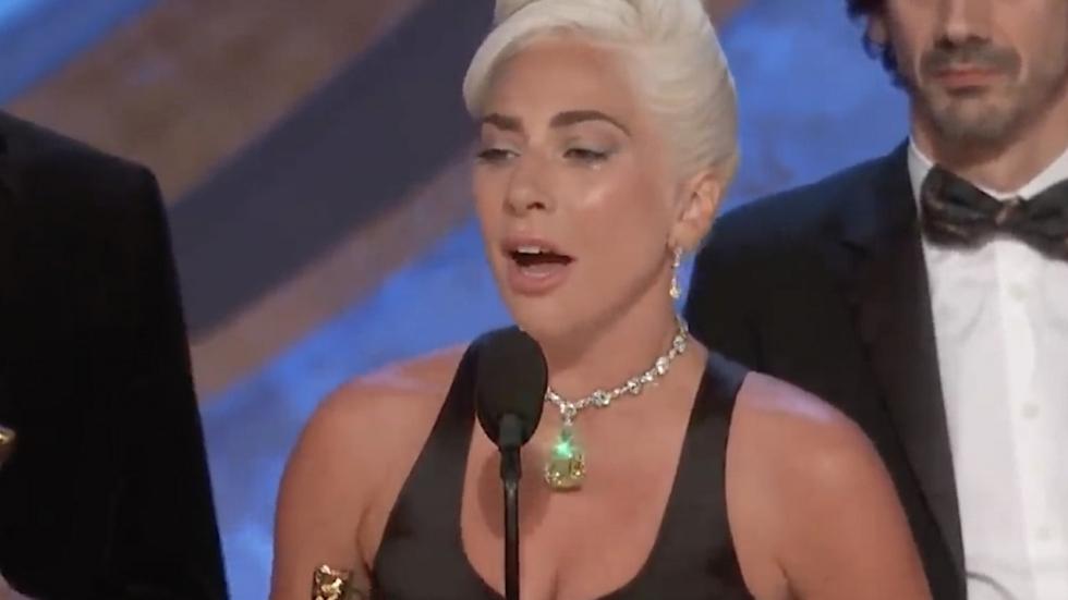 'Lady Gaga draagt juweel van 30 miljoen (!) dollar bij Oscars'