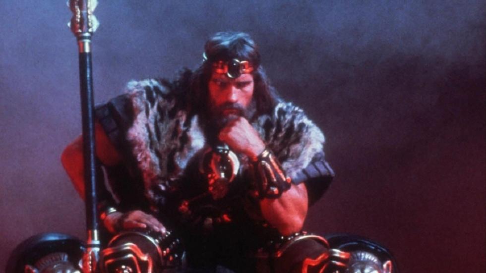 Arnold Schwarzenegger aast nog steeds op film over oudere 'Conan'