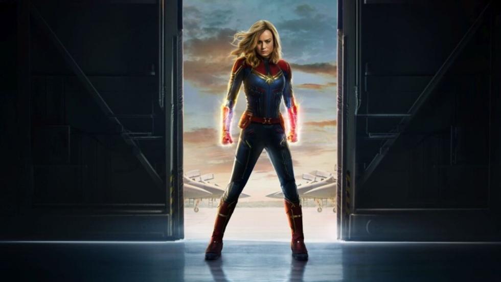 'Brie Larson verkoopt popcorn als 'Captain Marvel' in bioscoop'