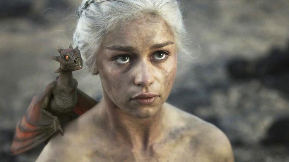 'Emilia Clarke geen spijt van vele naaktscènes'