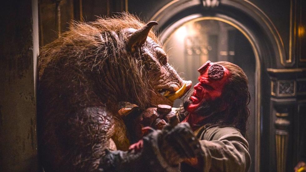 David Harbour vecht als 'Hellboy' tegen duivelse monsters in veel nieuwe beelden R-rated reboot
