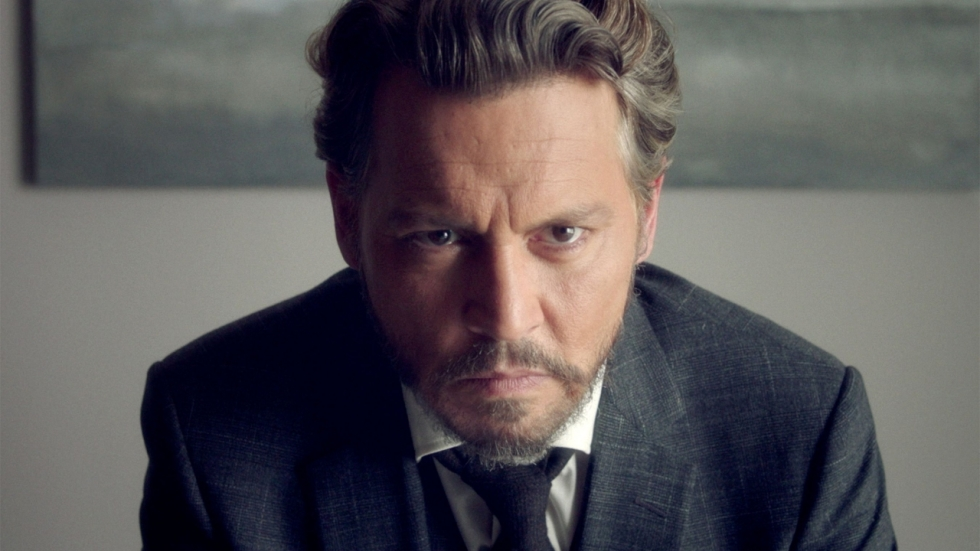 'Dronken' Johnny Depp is ten dode opgeschreven in trailer 'The Professor'