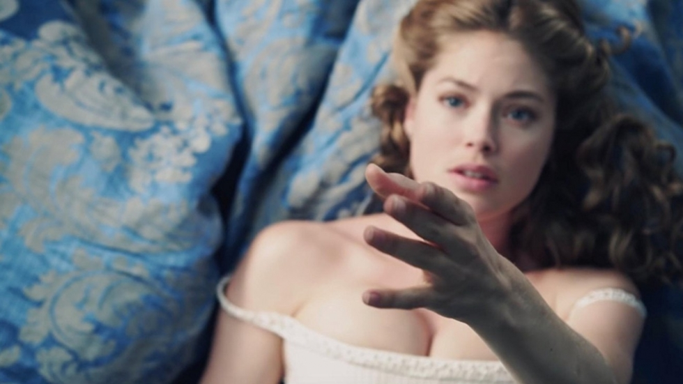 Sexy video met Doutzen Kroes is te heftig (of niet?)