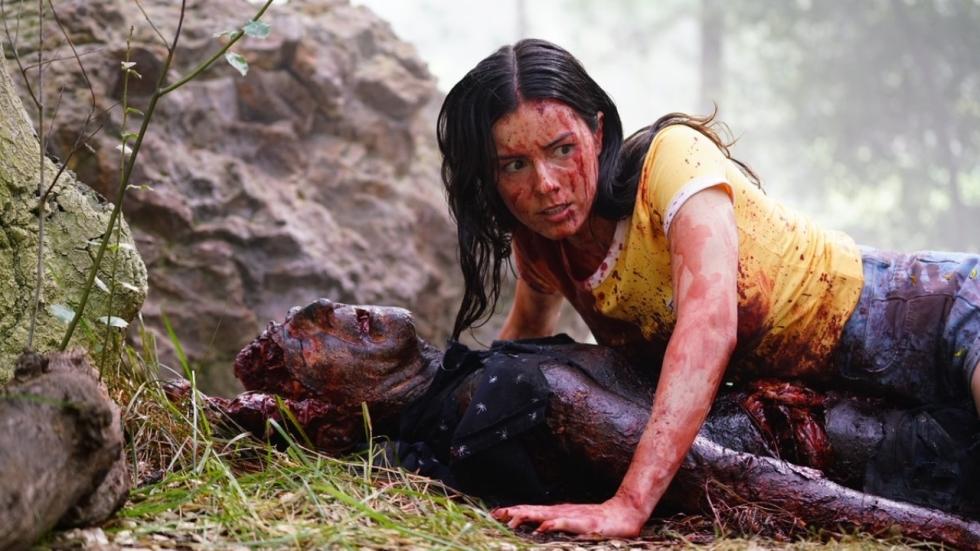 Mickey Rourke (Sin City) vertoont nachtmerries op het witte doek in trailer 'Nightmare Cinema'