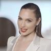 Gal Gadot (Wonder Woman) promoot moederland Israël op Eurovisie Songfestival (dat Nederland heeft gewonnen)