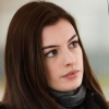 Anne Hathaway geeft blanke mensen de schuld van strenge anti-abortuswet
