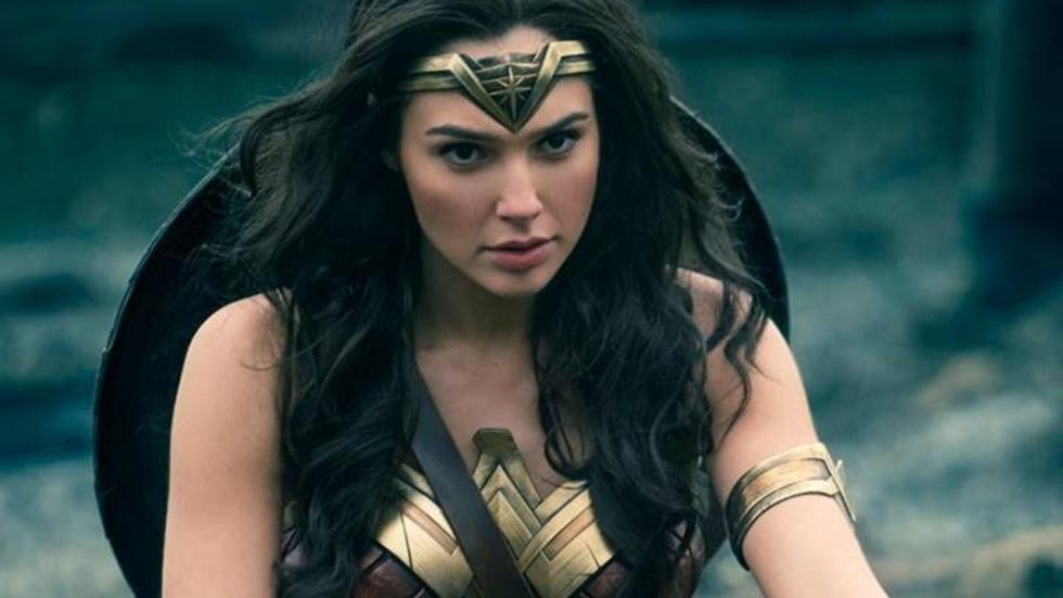 Waarom keert Wonder Woman eigenlijk terug in 1984? En niet 1985?