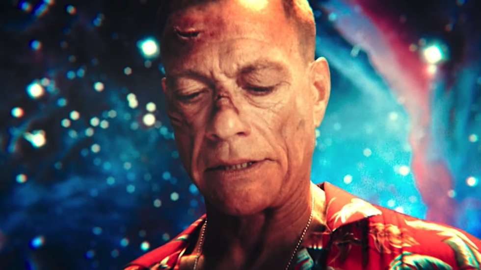 Humor: absurde video met Jean-Claude van Damme bedacht door 1677(!) regisseurs